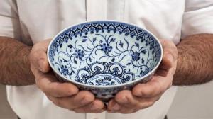کاسه عتیقه چینی که نمونهی دیگر آن در موزه ملی ایران است!