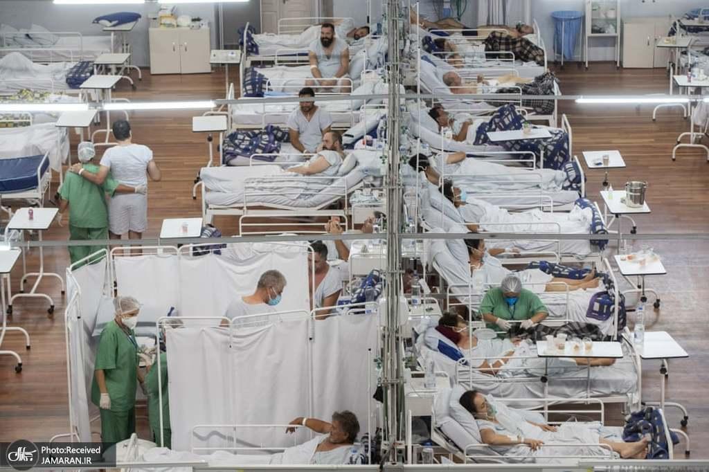 بیماران کرونایی روی تختهای بیمارستان صحرایی در برزیل