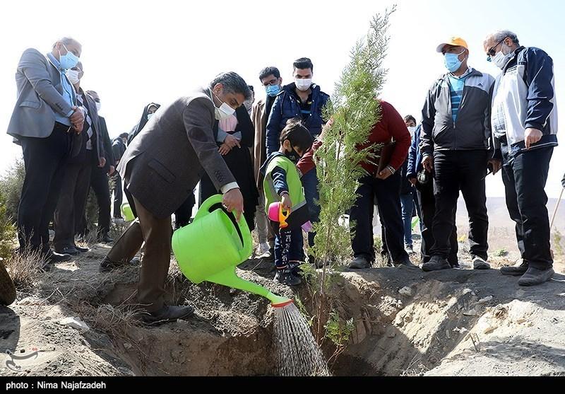 بهرهبرداری از مجموعه باغ زندگی و باغ خاطره در مشهد