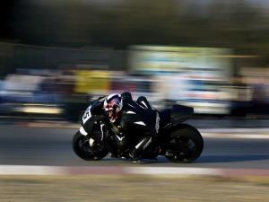 سیاهیلشکر انتخابات موتورسواری و اتومبیلرانی رای میخرد!