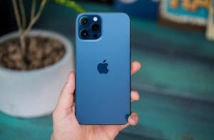 تقاضا برای سری آیفون ۱۲ پرو فروش گوشی را افزایش میدهد