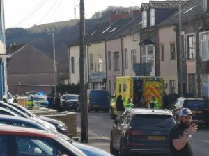 حمله به یک رستوران چینی در ولز با چندین مجروح