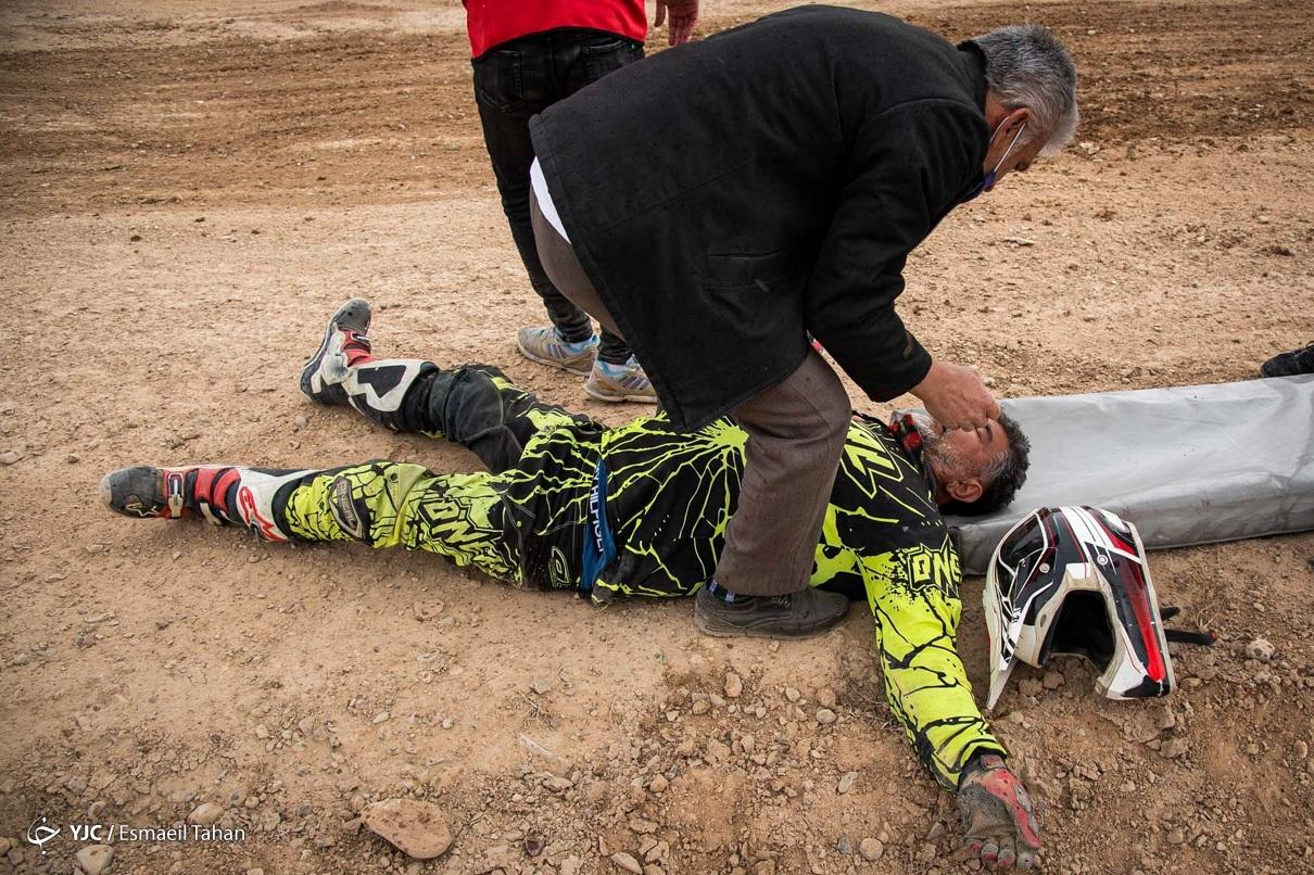 عکس/ حادثه در مسابقات موتور کراس در سمنان