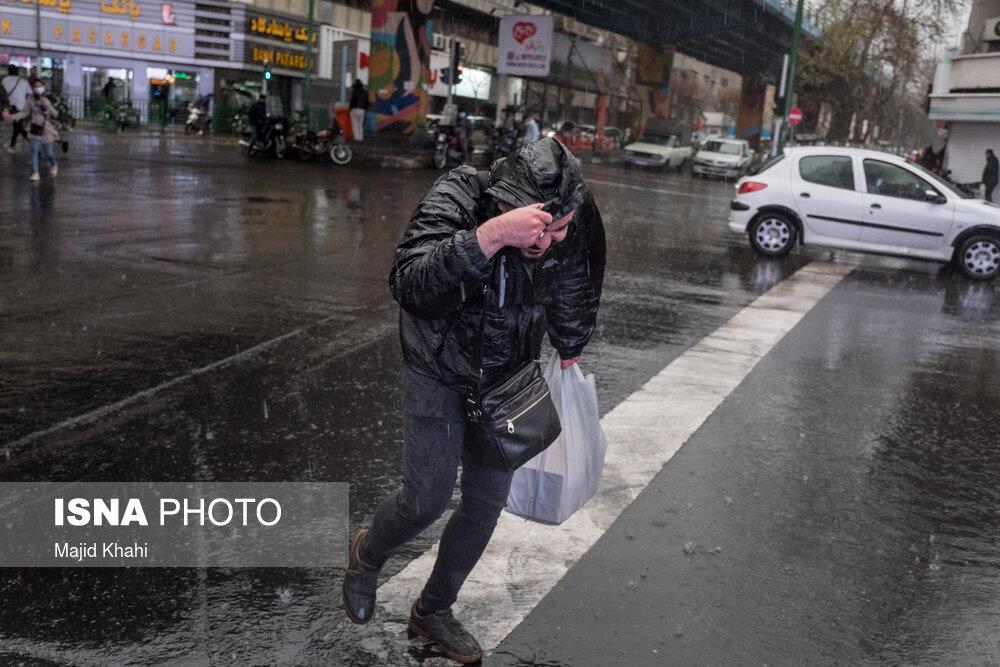 عکس/ بارش باران در تهران