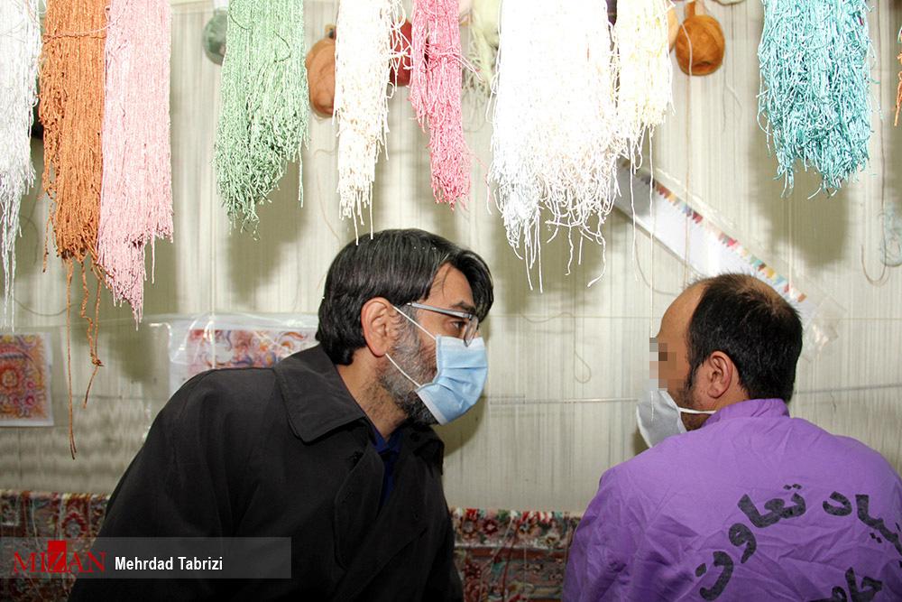 عکس/ گفتگوی رئیس سازمان زندانها با زندانیان مرکزی تبریز