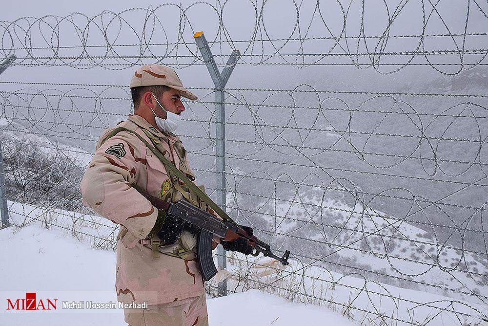 عکسهای برگزیده؛ مرزبانی از ایران در دمای زیر صفر درجه
