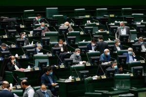 حداقل حقوق کارکنان دولت در سال آینده تعیین شد