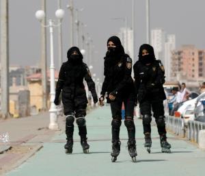 نیروهای پلیس اسکیت سوار در کراچی