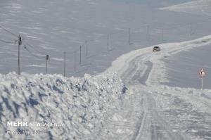 بارش پراکنده برف در بیشتر جادههای خراسان شمالی
