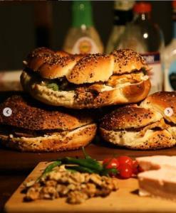 آموزش تهیه نان ترکیه ای سیمیت