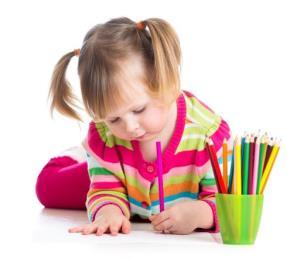 نکات جالب در آنالیز روان شناسانه نقاشی دختری 5 ساله