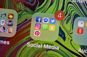 هند، کارمندان توئیتر، فیسبوک و واتساپ را تهدید به بازداشت کرد