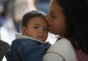 آمریکا کودکان مهاجر را به یک پایگاه نظامی منتقل میکند