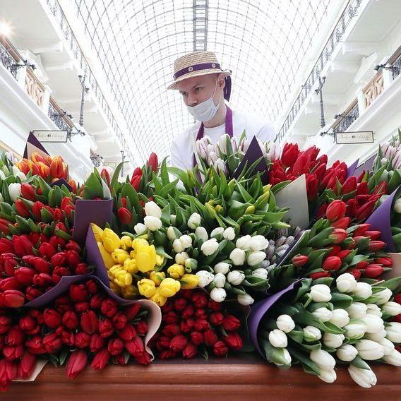 بازار گل فروشی در مسکو
