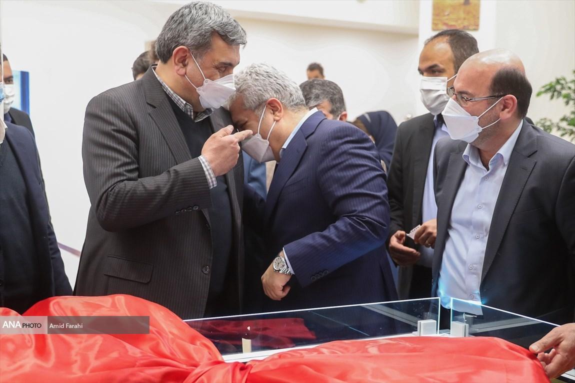 خنده های سورنا ستاری و شهردار تهران