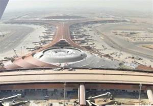 وقوع چند انفجار در عربستان؛ فعالیت فرودگاه جده متوقف شد