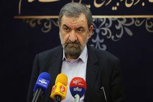 محسن رضایی: از پشت درهای بسته نمیشود جبهه اقتصادی را مدیریت کرد