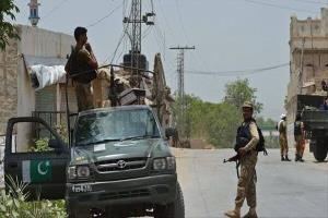 حمله مسلحانه به خودروی نظامی در پاکستان