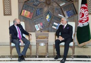 رایزنی سفارت آمریکا با عبدالله درباره طرح دولت مشارکتی در افغانستان
