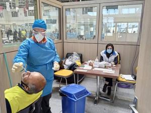 ورود ۲ شناور اماراتی با ۱۵ بیمار کرونایی به بندرلنگه