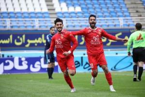 مهدی رحمتی افتخار فوتبال ایران است