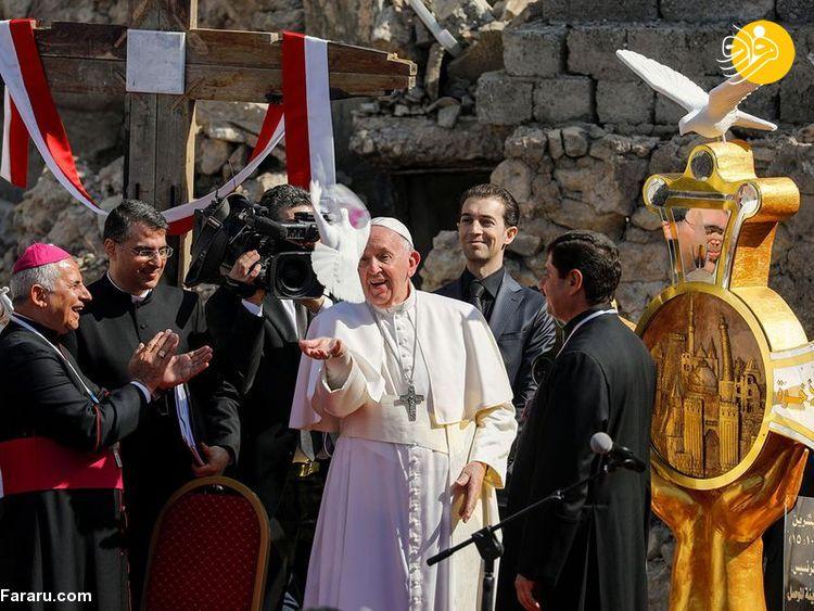 عکس/ پاپ در میان ویرانههای موصل