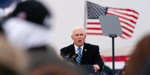 نخستین سخنرانی مایک پنس پس از ترک کاخ سفید