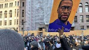تظاهرات ضدنژادپرستی در مینیاپولیس همزمان با محاکمه قاتل جورج فلوید