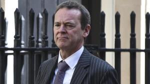 دیپلمات سابق انگلیسی: تلاشهای زیادی برای پرداخت طلب ایران در جریان است