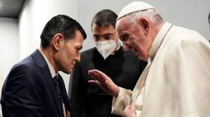 یک ملاقات خاص از سوی پاپ با کسی که دنیا به مصیبت او گریست
