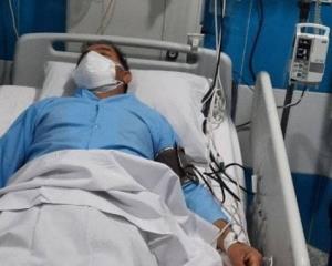 چرا پزشک ایرانی پس از تزریق واکسن اسپوتنیک در بیمارستان بستری شد؟
