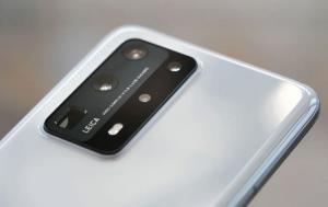 گوشیهای سری هواوی P50 با سیستمعامل هارمونی عرضه میشوند