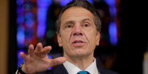 فرماندار نیویورک استعفا به خاطر اتهامات جنسی را رد کرد