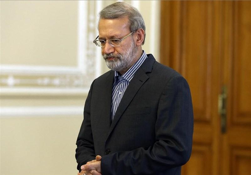 جهان نیوز: لاریجانی در زمان مشخص روزه سیاسیاش را افطار می کند