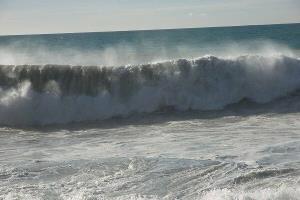 خلیج فارس مواج و طوفانی میشود