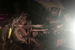 واژگونی خودروی پژو پارس حادثه آفرید
