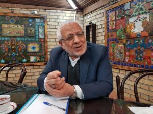 کنایه بادامچیان به احمدینژاد: شاید بعدها بایدن را با ترامپ اشتباه بگیرد