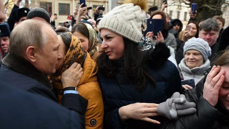 دختر روس رسماً از پوتین خواستگاری کرد