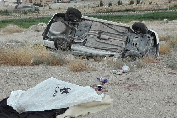 واژگونی خودرو در فارس ۳ کشته داد