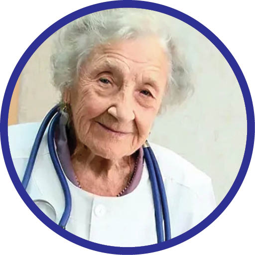 مسنترین جراح جهان