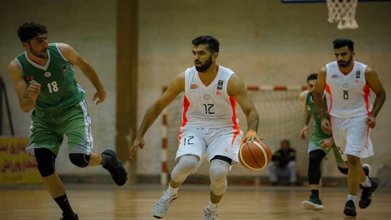 پیروزی تیم بسکتبال شهرداری بندرعباس مقابل اکسون تهران