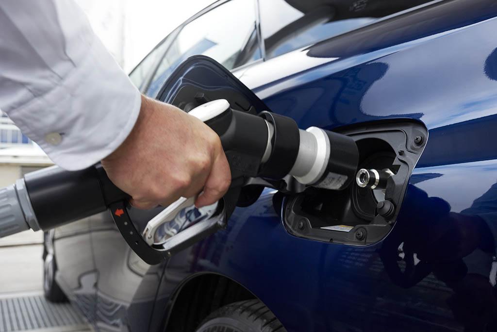 بیمیلی خودروسازان بزرگ اروپایی به سوخت هیدروژنی!