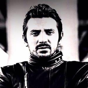 ترانه «بماند» با صدای امیر عباس گلاب