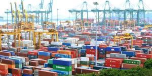تجارت 7.5 میلیارد دلاری کشور در اسفند ماه