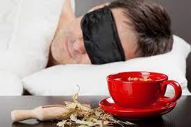 بهترین دمنوشهای گیاهی برای یک خواب راحت