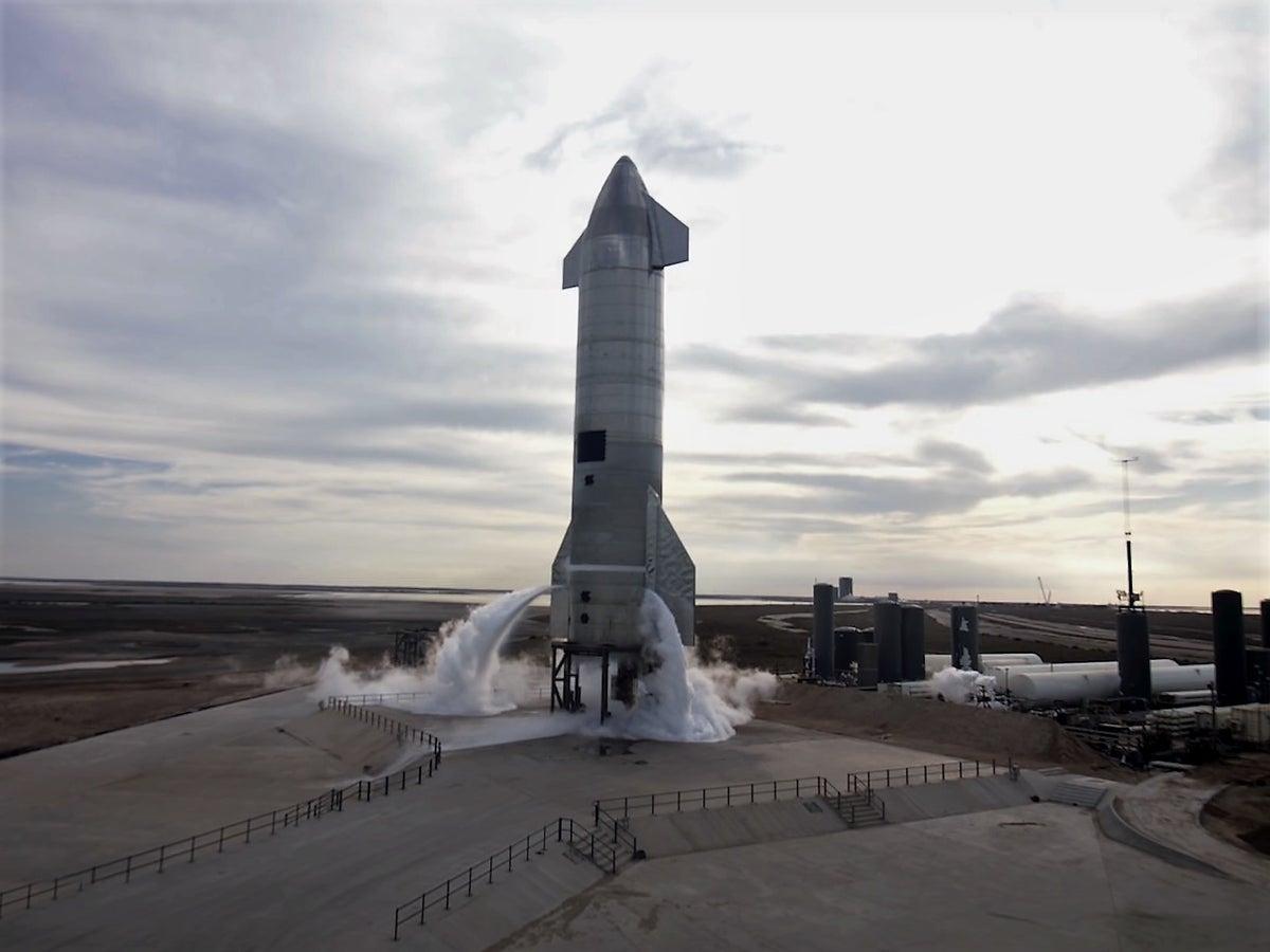 ایلان ماسک علت انفجار چهارمین راکت استارشیپ اسپیس ایکس را اعلام کرد