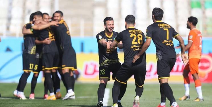 یک کارشناس فوتبال: وقفه لیگ به مذاق سپاهان خوش نیامد