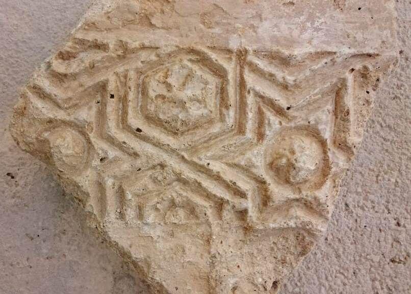 ۳ شیء تاریخی در بندر سیراف استان بوشهر کشف شد