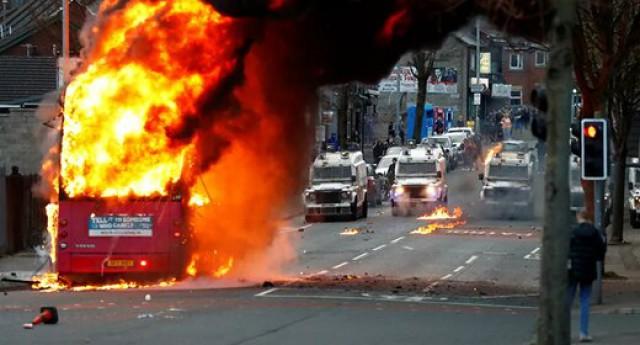 ششمین روز اعتراضات؛ ایرلند شمالی همچنان ملتهب است