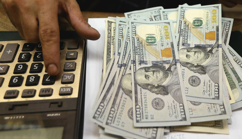دلار به کانال ۲۴ هزار تومان بازگشت